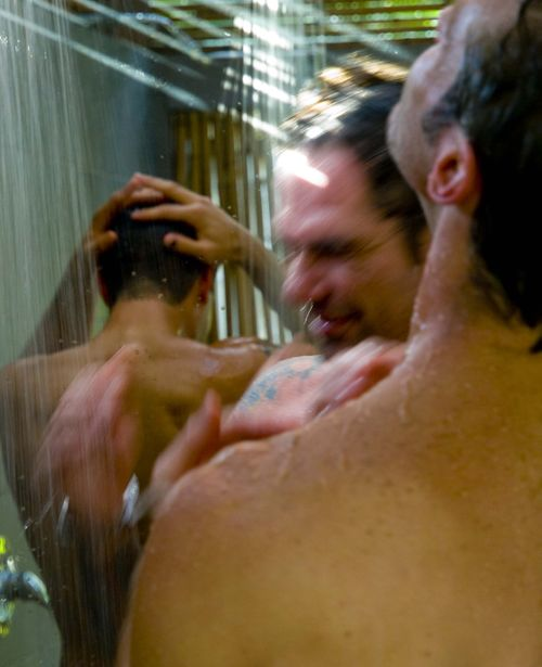 Return to key west gkw shower ryan scott levi-5
