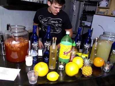 © Embury Cocktails 2010-1