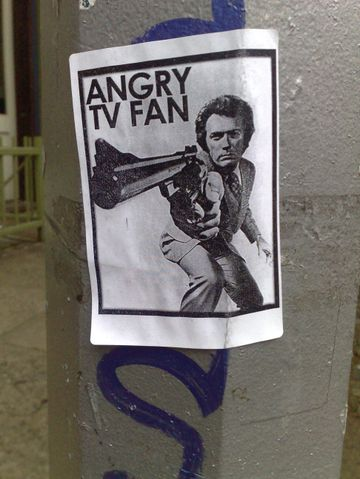 Angry_tv_fan_2